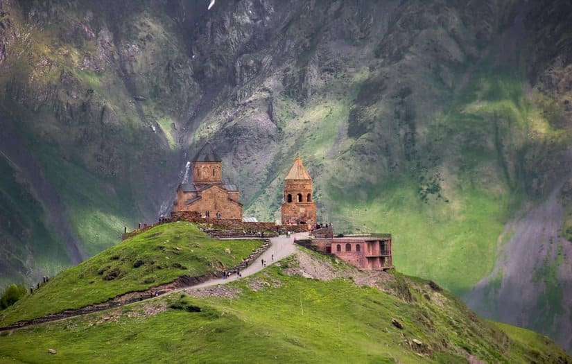 Гергетская церковь – средневековый православный храм рядом с горой Казбек